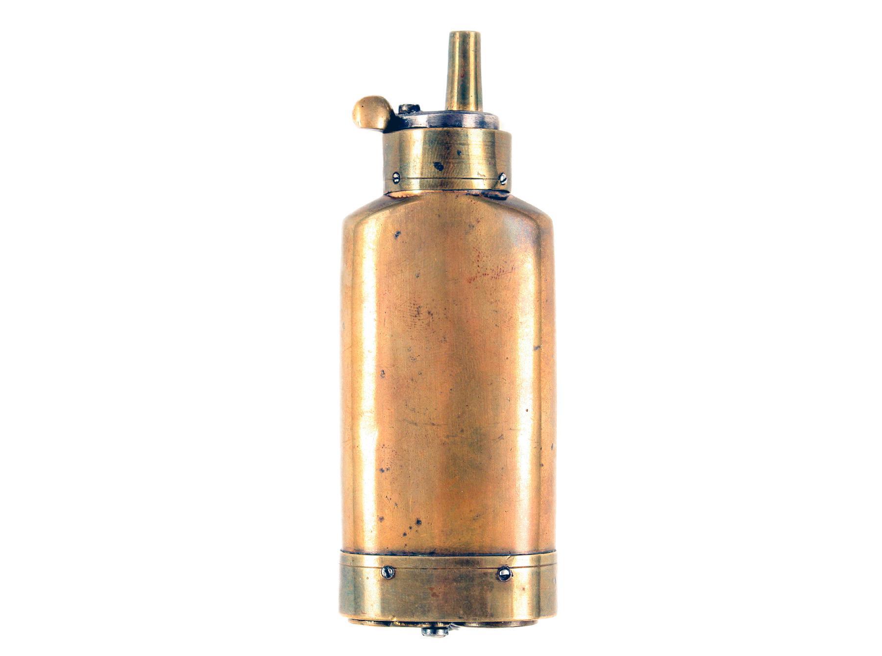 A 'Batty' Three-Way Flask