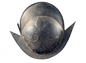A Victorian Black-And-White Comb Morion